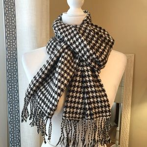 Brown & White Cashmere Feel Scarf NWT